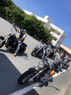 バイク数台.jpg